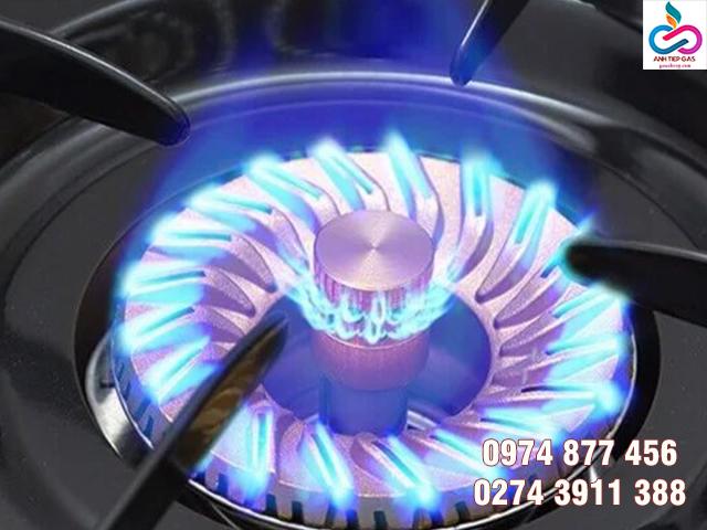 Bếp gas đầu đốt xoáy cho ngọn lửa tập trung