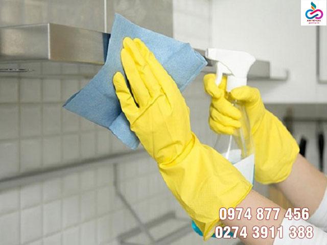 Lưu ý khi vệ sinh áy hút mùi