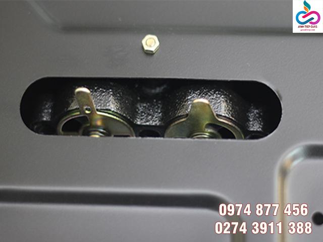 Cần gạt điều chỉnh gió của bếp gas âm