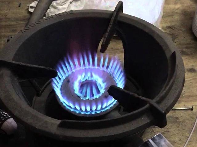 Hệ thống đánh lửa của bếp gas công nghiệp